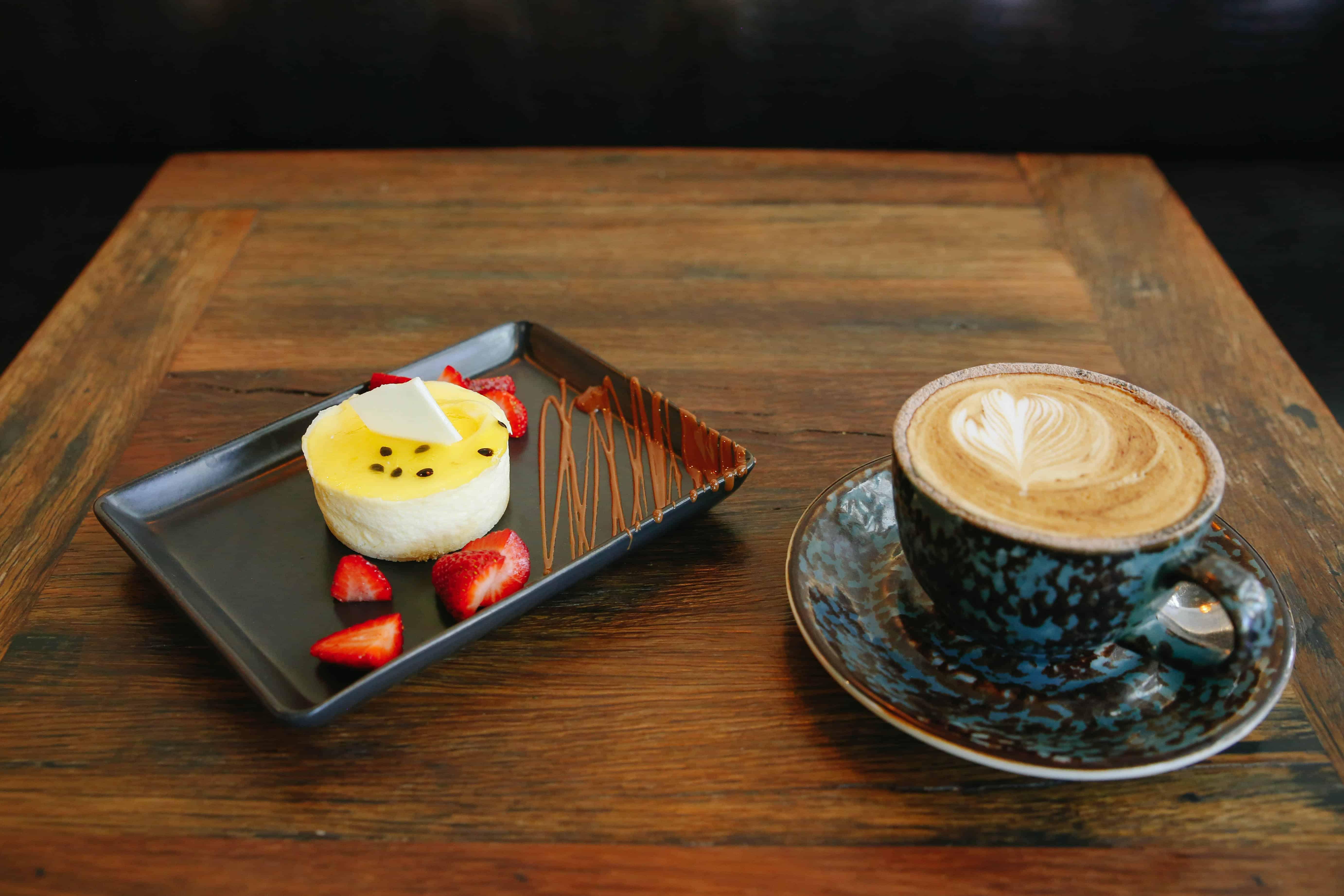 Cafe & Dessert Bar Business